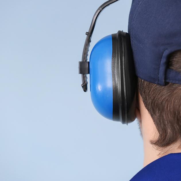 Come proteggere il tuo udito al lavoro